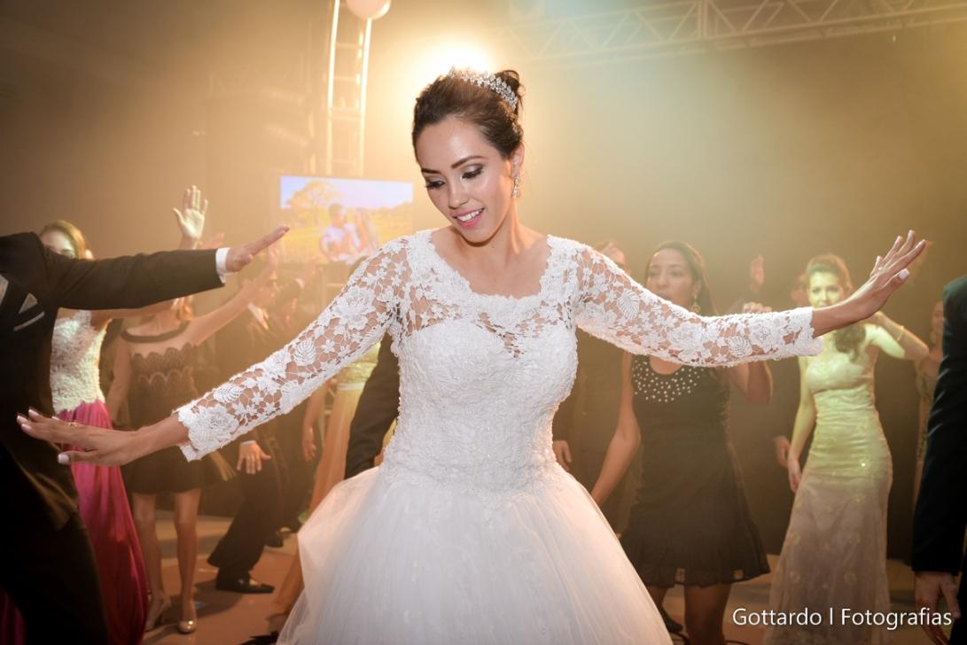 Casamento_Gabrielle+Moises_Sinop-38