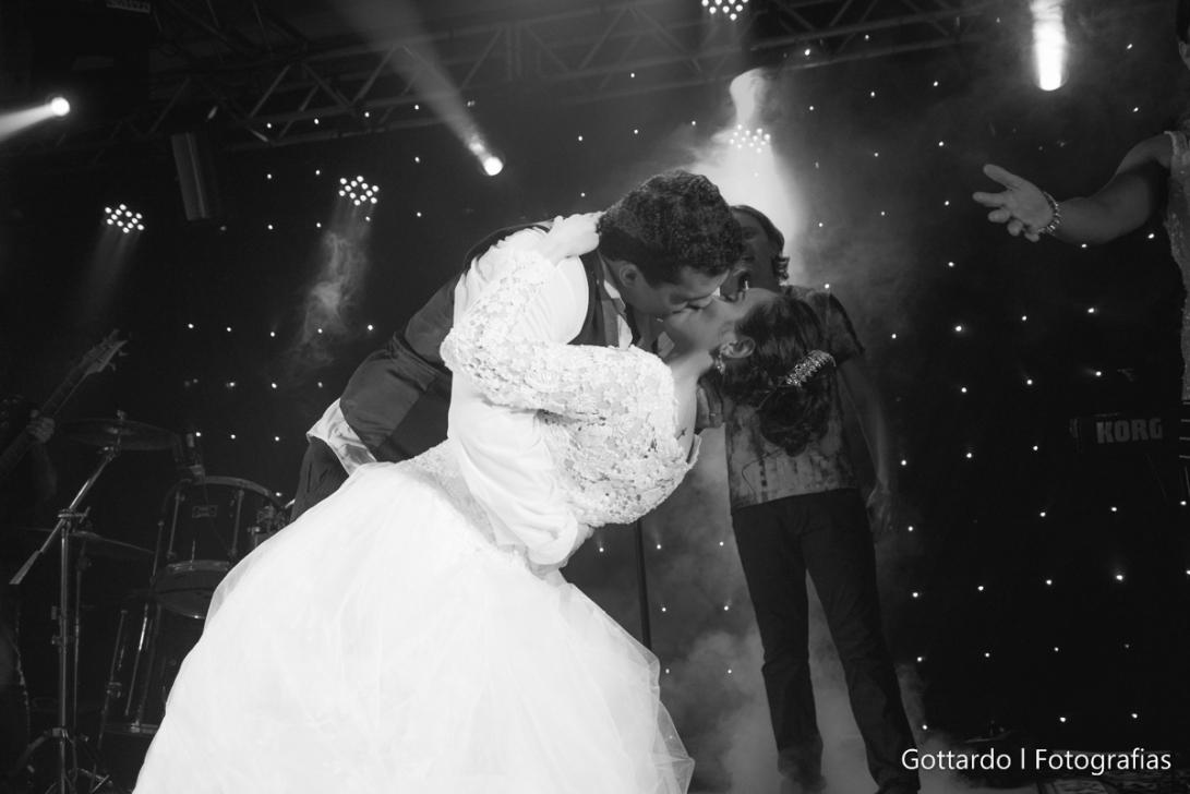 Casamento_Gabrielle+Moises_Sinop-47